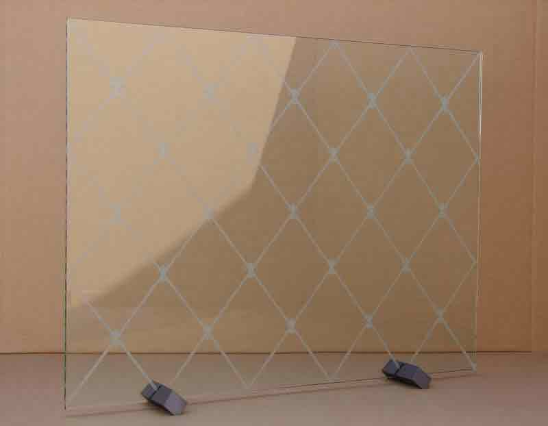 Stone MFG Freestanding Glass Screen 1G10 Diamonds